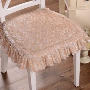Сидушки на стулья своими руками — мастер-класс пошива и варианты оформления накидок для сидений (120 фото + видео)